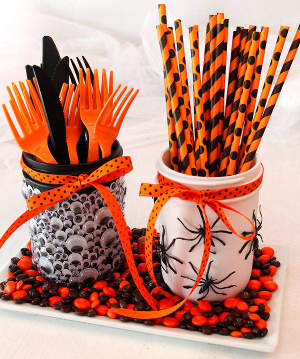 Halloween Mason Jar Party Table Decorations