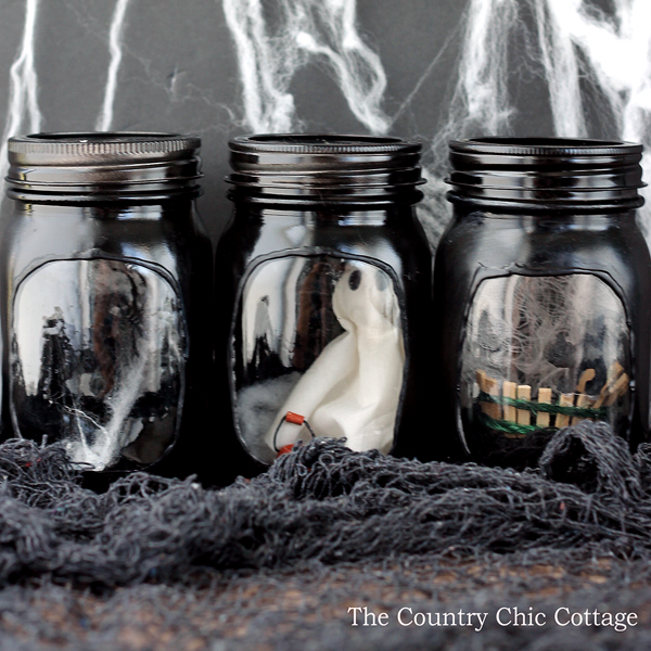 20 Amazing Mason Jar Halloween Decorations You Can Make
