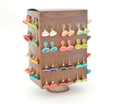 Rotating Jewelry Storage