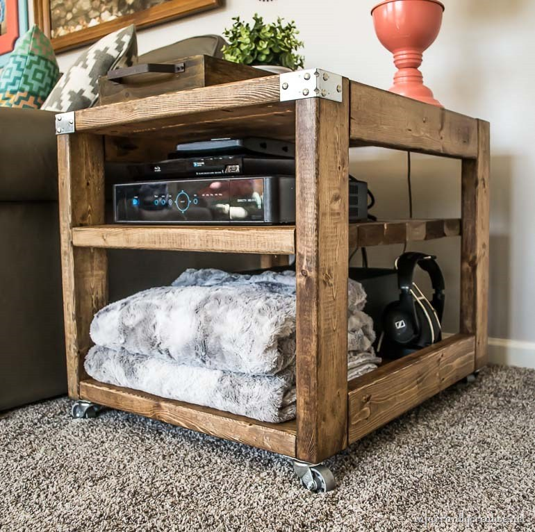 Farmhouse Industrial End Table Cart