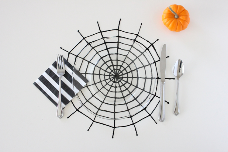 spiderweb place mats
