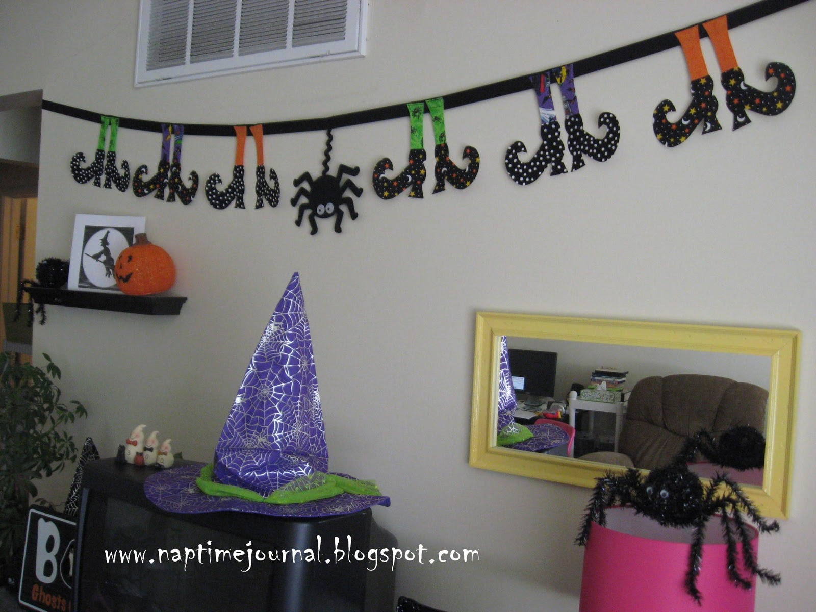 Creepy Witchy Banner
