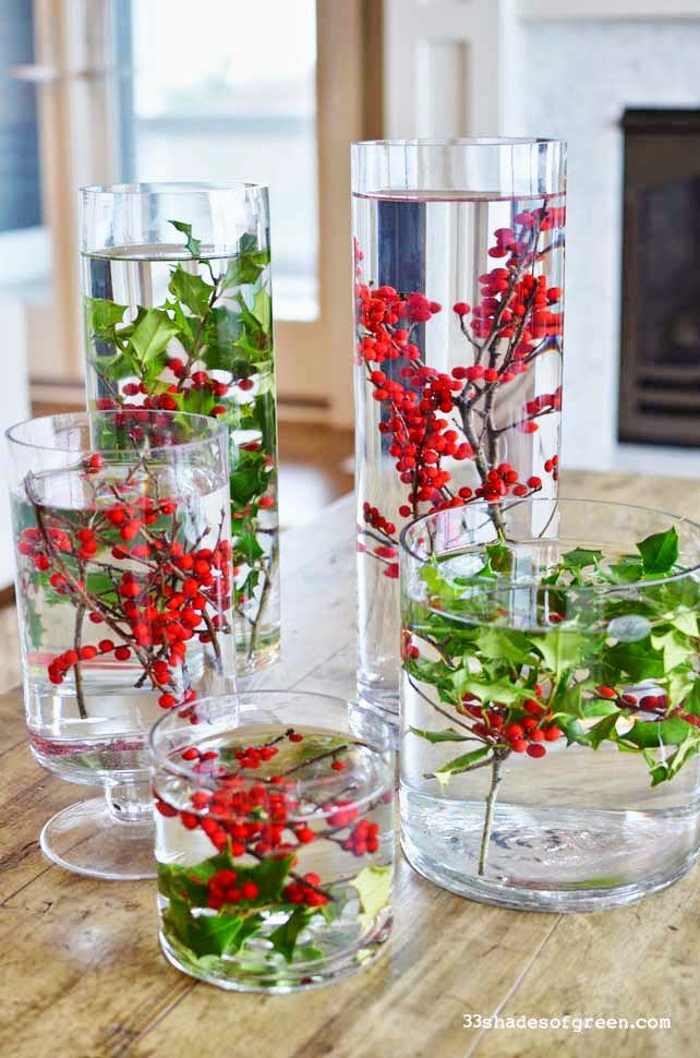 1 festive floating flora - Cheap Christmas Centerpieces