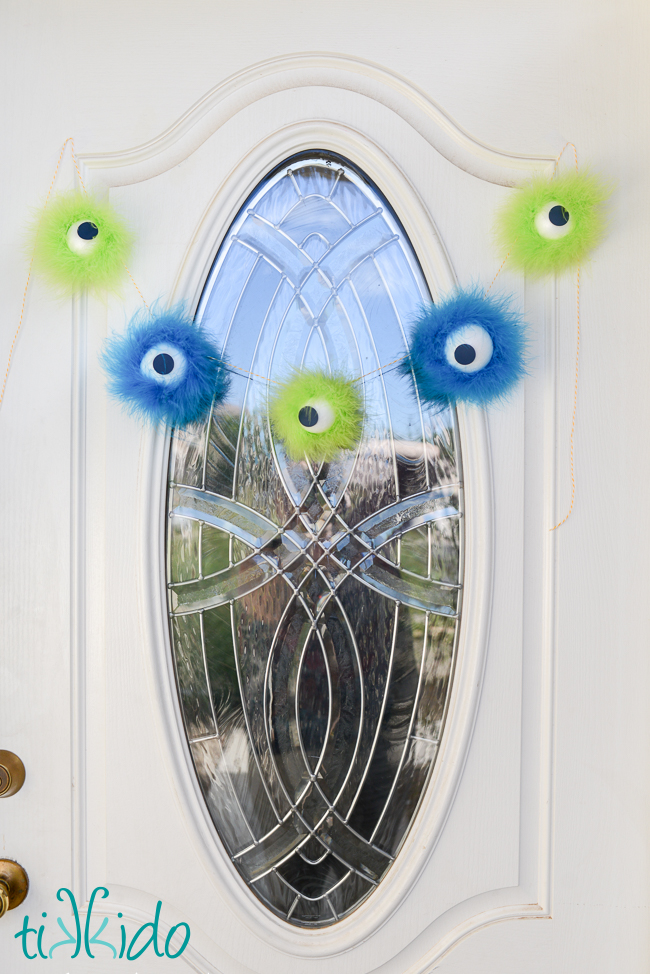 Furry Monster Eyeball Halloween Garland