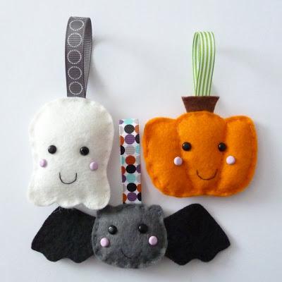 Happy Hanging Spooks