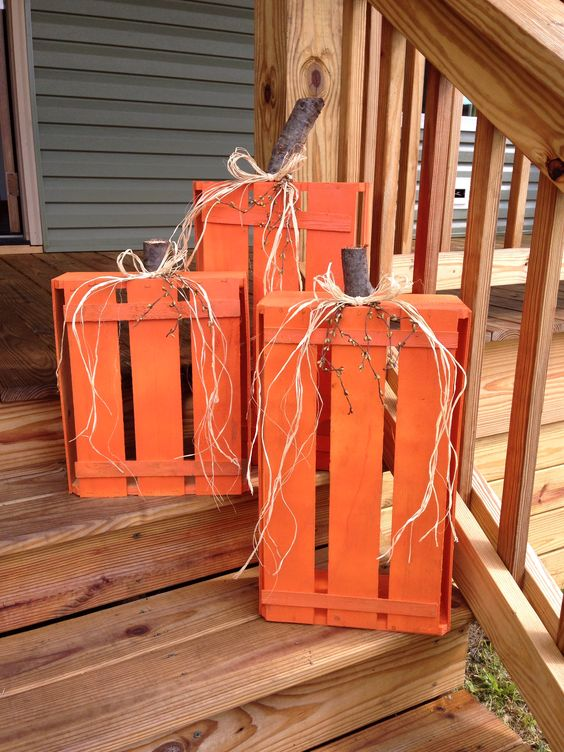 Wood Crate Pumpkins