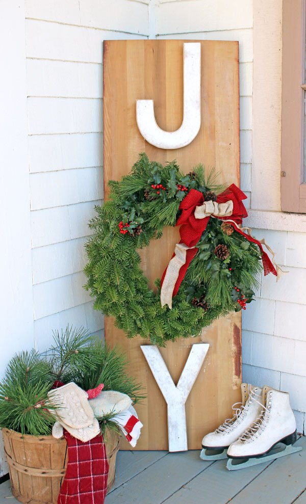JOY Outdoor Wreath Sign