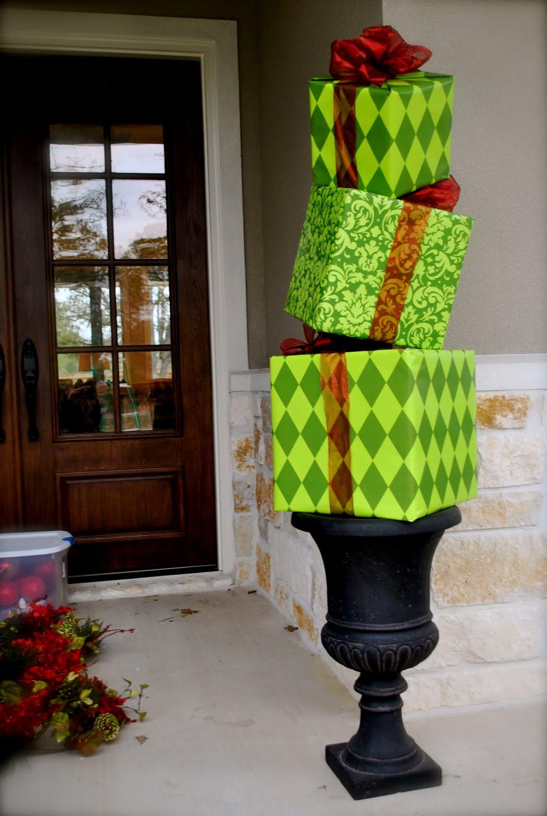 Present Topiary