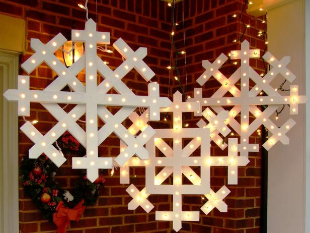 Wooden Snowflakes With Lights