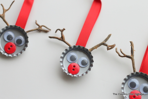 Bottle Cap Reindeer Ornaments