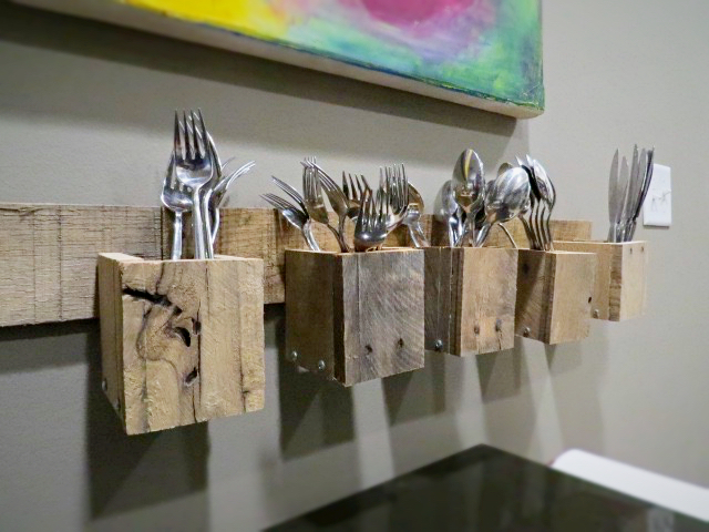 Pallet Wood Wall Mount Silverware Holder