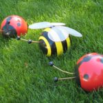 Easy DIY Bumble Bee Egg | Rather Luvly